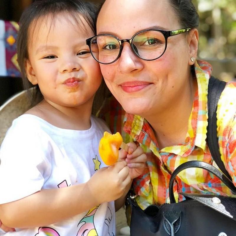 LOOK: Matet De Leon with her number 1 fan baby Mia in 18 photos