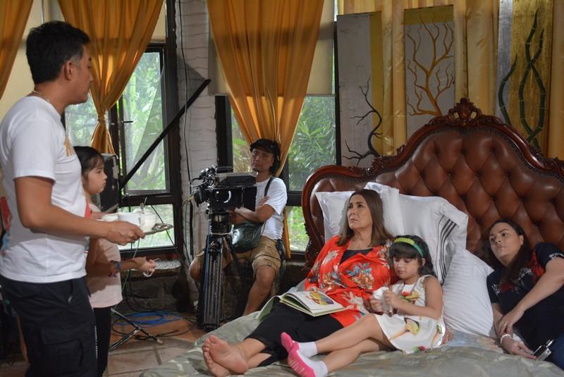 PHOTOS: Pasilip sa 1st taping day ni Shaina Magdayao bilang si Grace sa Nang Ngumiti Ang Langit