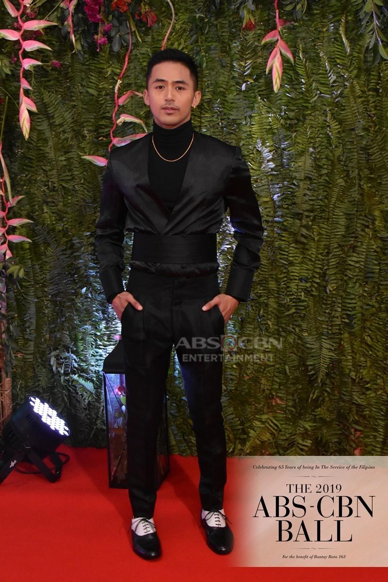 ABS-CBN Ball 2019: Nang Ngumiti Ang Langit cast brighten up Red Carpet